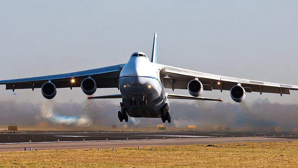 Antonov-124-chania-airport